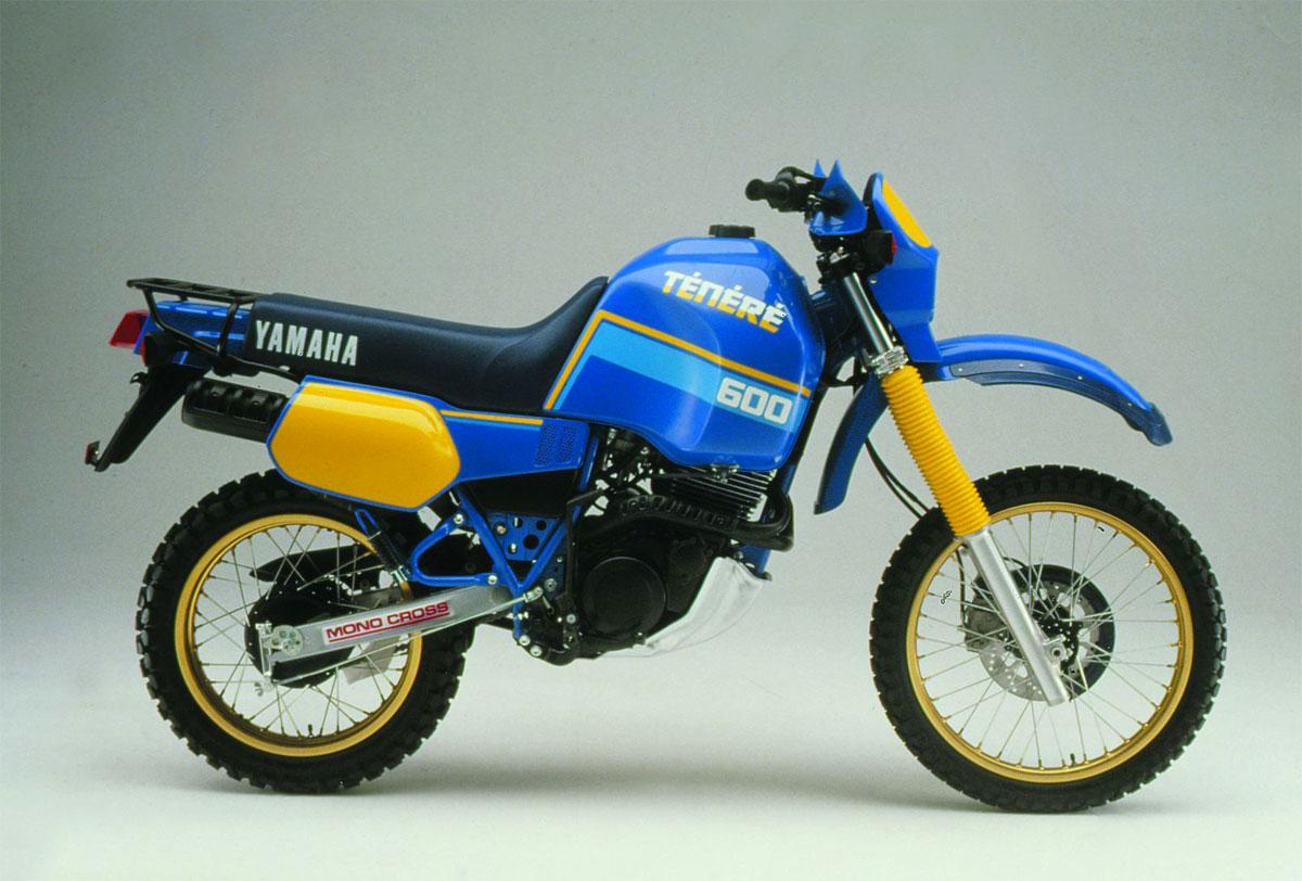 """In schönem """"Faraway Blue"""" angelehnt an die Rallye Geräte von SONAUTO"""